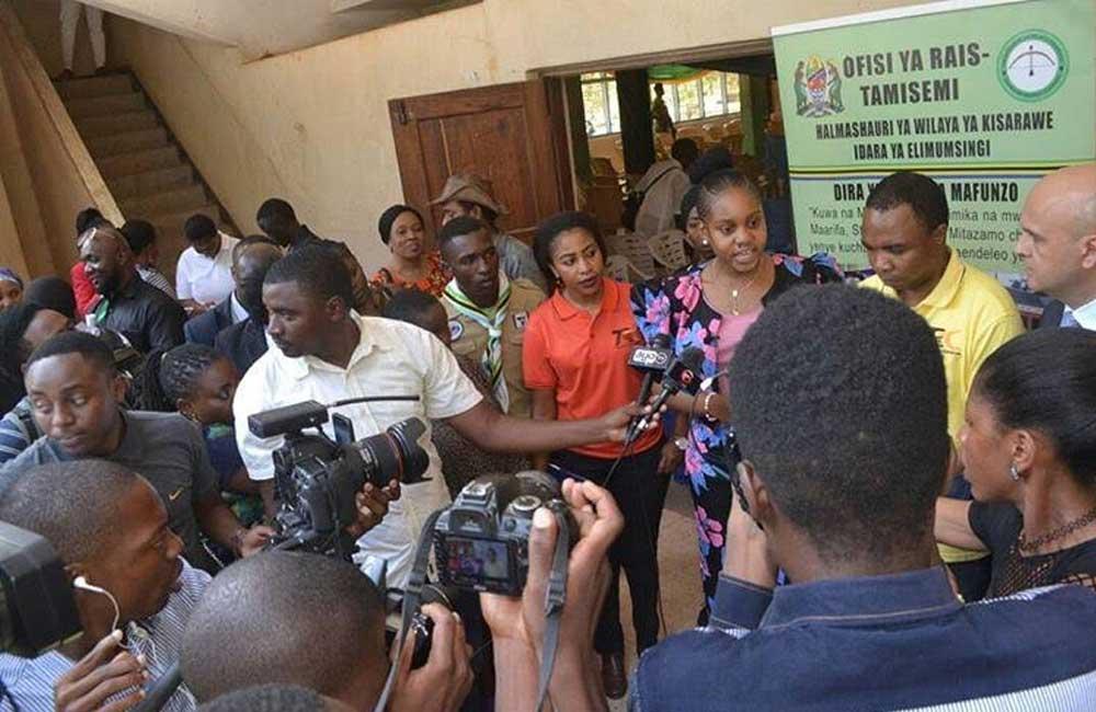 Ali Kiba's ex Jokate Mwegelo donates to MV Nyerere victims
