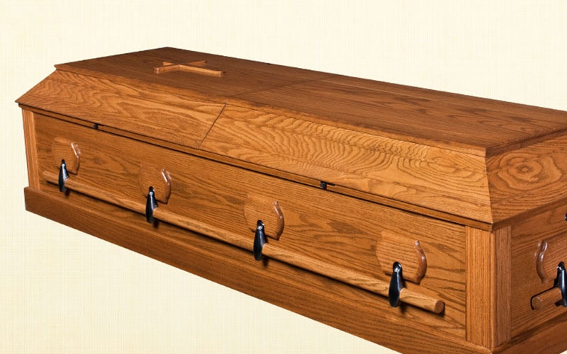 Drama as mourners protest quality, size of 'Jakom's' casket