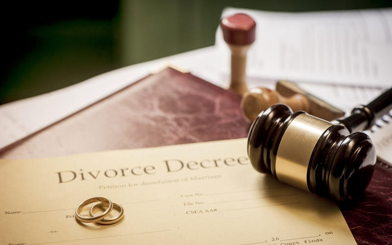 Kakamega man successfully sues and divorces cheating wife