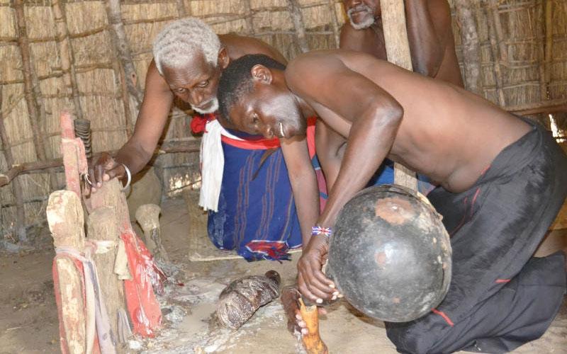 Kaya elders threaten to start cursing men who impregnate under age girls