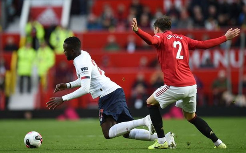 Referees explain why Man Utd's goal vs Liverpool was not disallowed by VAR
