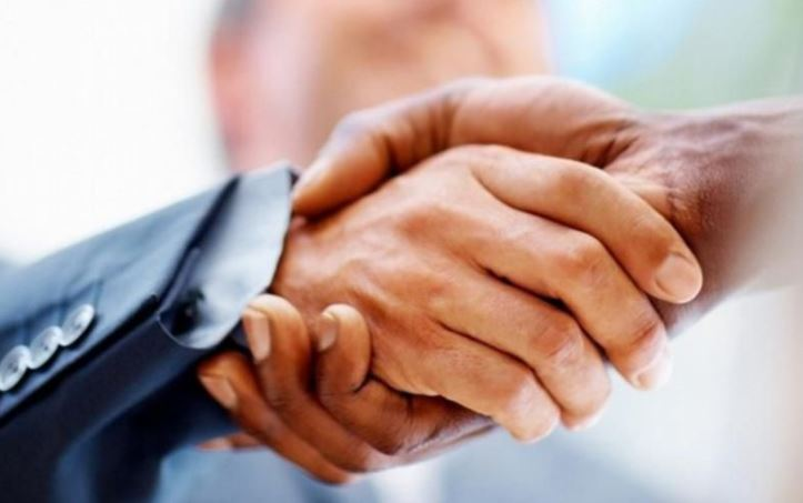 Weak handshake 'could be a sign of Type 2 diabetes in later life', scientists claim