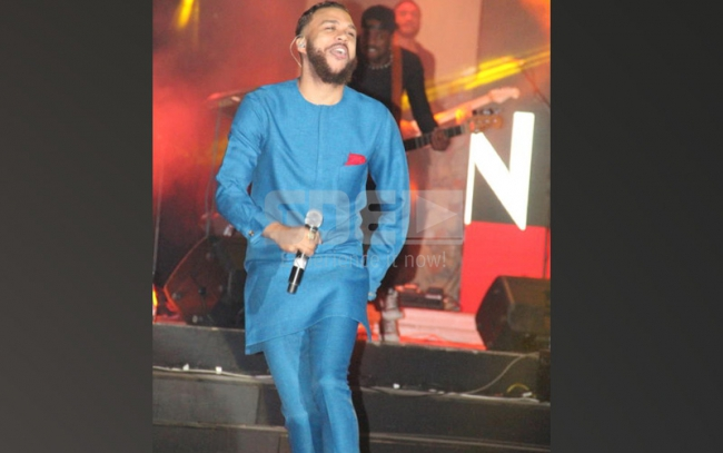 Jidenna's perfomance during Fomo party at Carnivo