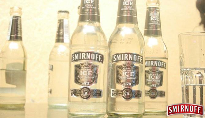Smirnoff at Mojos