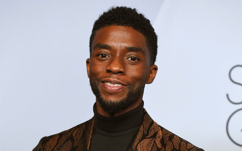 Chadwick Boseman: Devastated Hollywood stars share disbelief after star's death