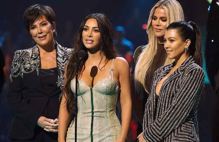 Kardashians urged to cut ties with fertility doctor