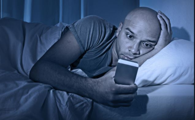 Blurry vision, insomnia and other ways blue light is affecting your health