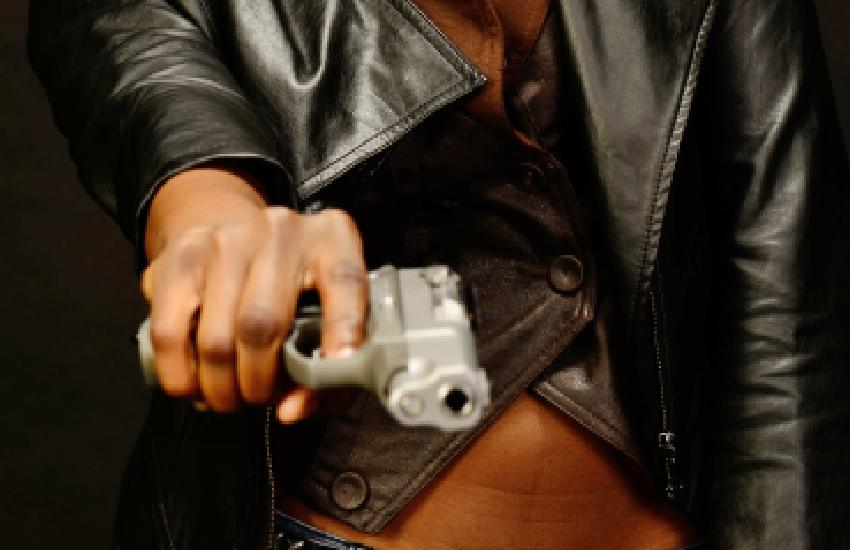 Guns N' Roses: Why women love criminals