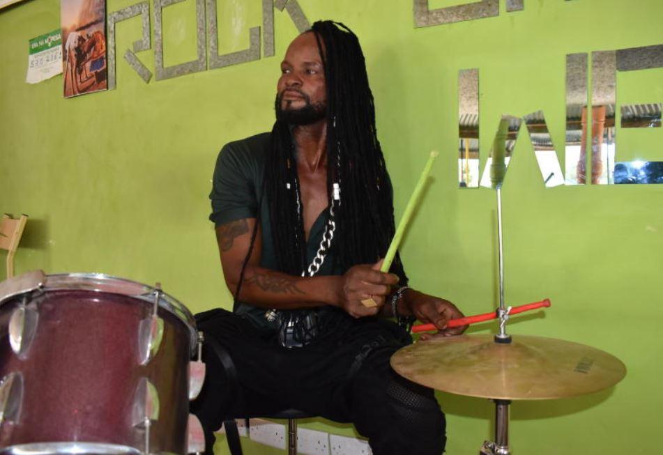 Kenyan who sang his way into heart of Magufuli