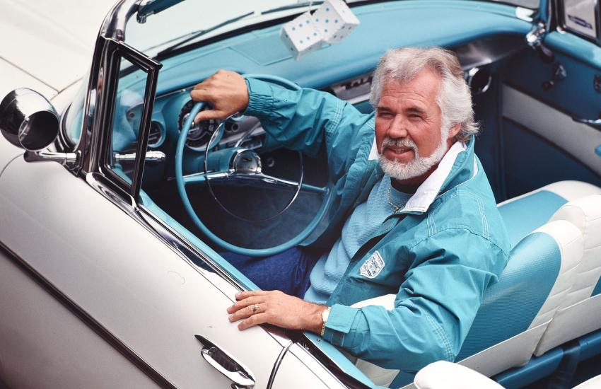 Kenny Rogers seemed to have known when to quit the stage