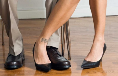 Lusty boss: My employer is making sexual advances towards me, what should I do?
