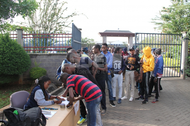 Teams registering for the event