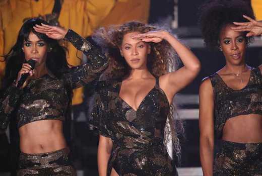Beyonce shocks Coachella with surprise Destiny's Child reunion