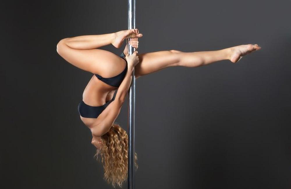 Kileleshwa pub has strippers pole, but no prostitutes