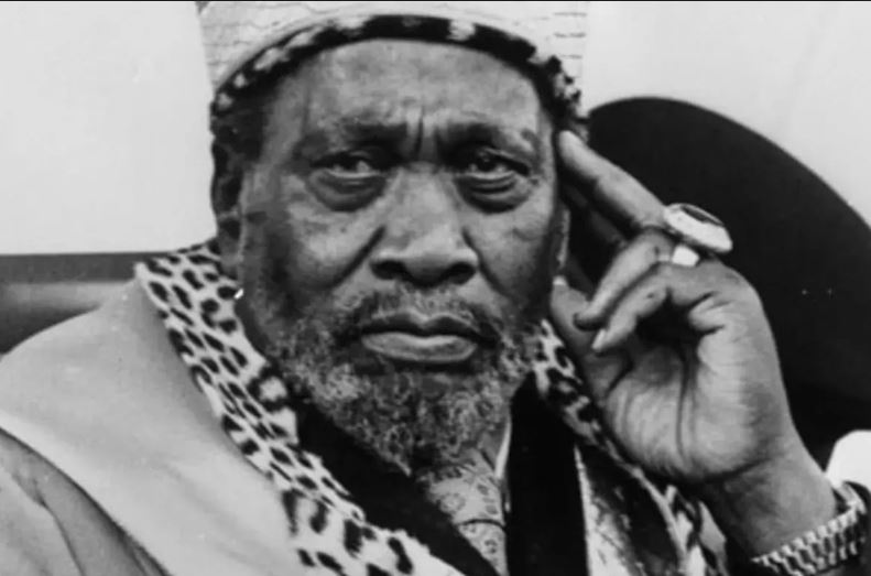 Uhuru family holds private commemoration for late Mzee Jomo Kenyatta