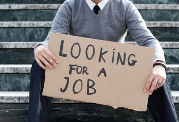 10 ways to get out of the 'jobless corner'