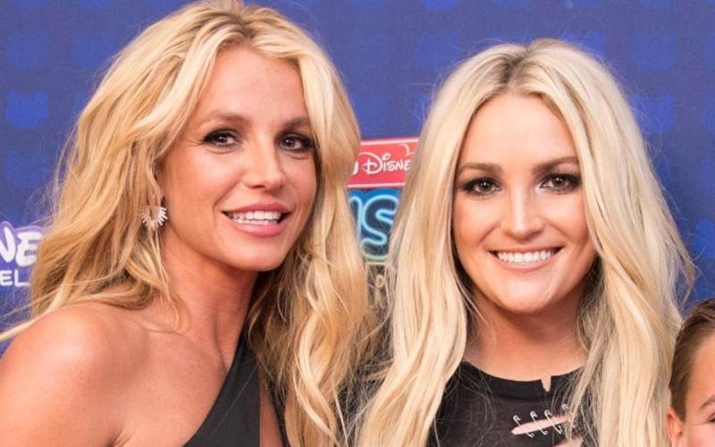Britney Spears' sister seeks control of popstar's millions as conservatorship row rages