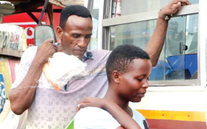 Diamond's sister speaks after viral photo of their dad boarding matatu with sack