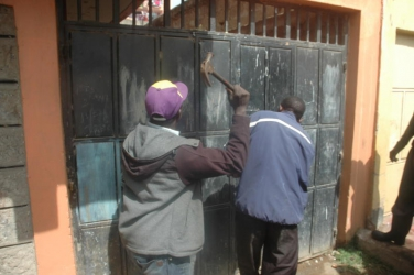 Drama as Tassia Estate landlord uses a wielding machine to seal tenants' doors after they refused to pay higher rent