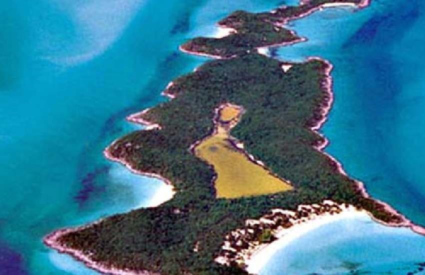 Inside Johnny Depp's private island, Little Halls Pond Cay, in the Bahamas