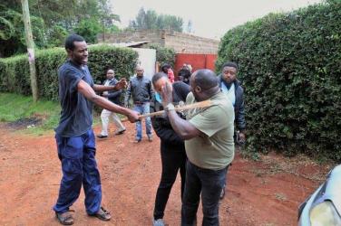 Kukula kondoo: Nyeri Bishop caught pants down with pregnant sister-in-law