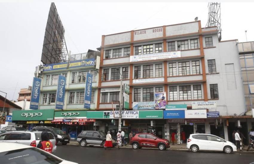 Coronavirus: Selfless landlord waives rent, shuts down commercial building
