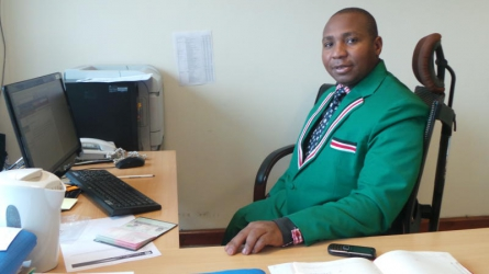 I will close  Parliament and City Hall  — Dr David ole Sankok