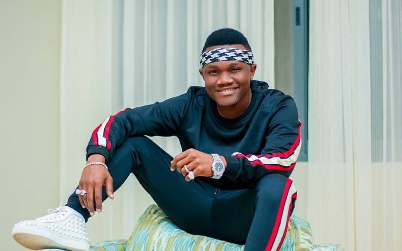 Mbosso hits 1 million subscribers on YouTube, awarded golden plaque