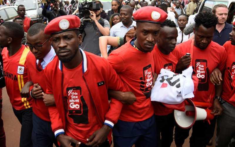 Wine asks Ugandans to demonstrate against Museveni's regime