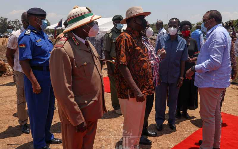 The handshake brought peace to my heart — Uhuru tells Kisumu residents