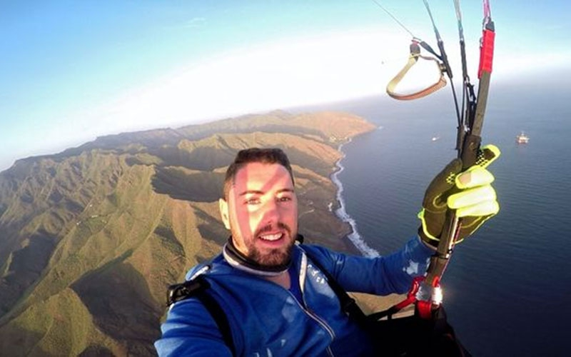 Daredevil YouTuber dies after parachute fails to open