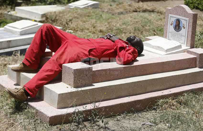 Deathly sleep: Where Kenyan men rest their tired bodies on graves