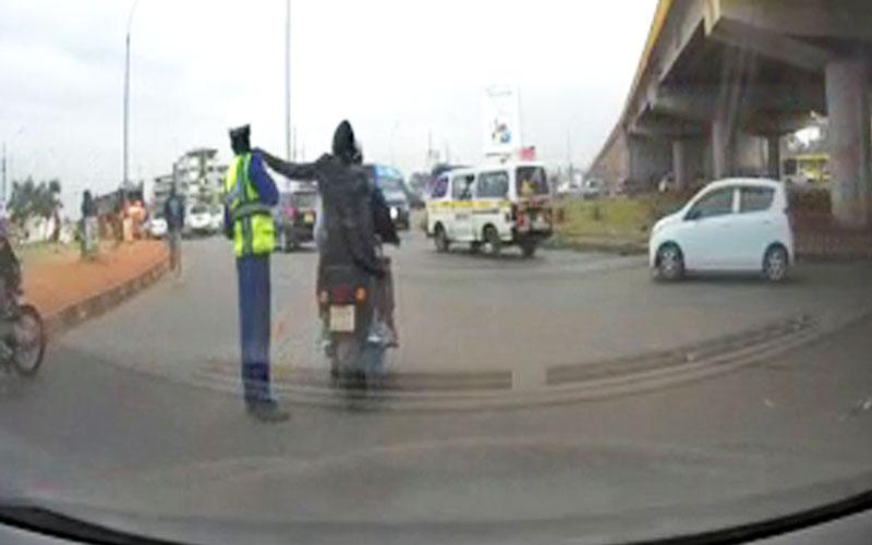 Viral video of traffic cop losing phone is fake – Police