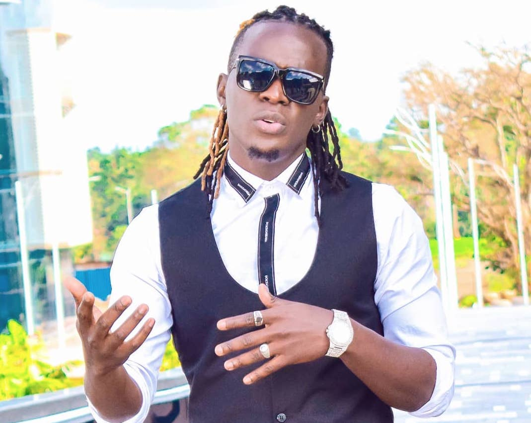 Willy Paul calls out his management team