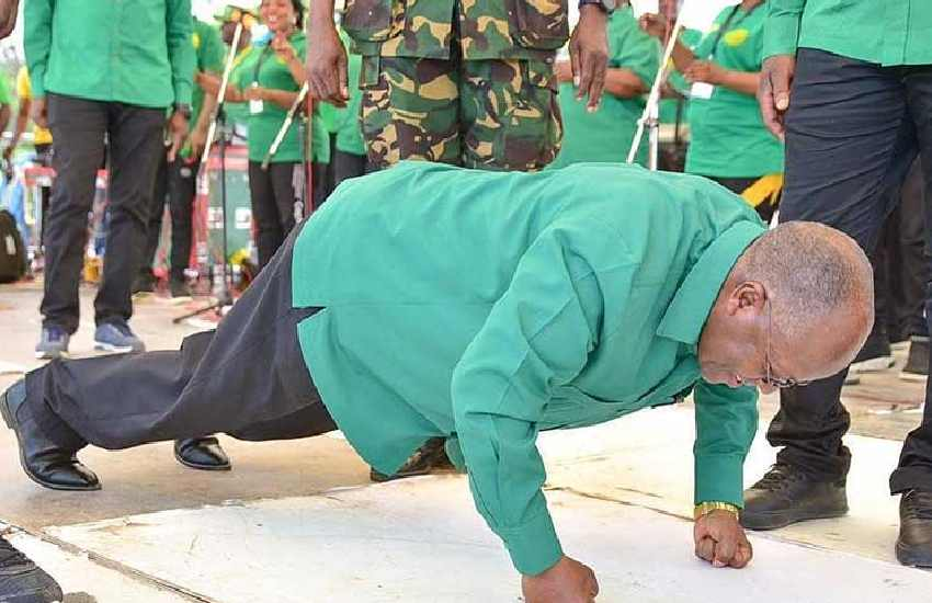 Youth appeal? After Museveni, Magufuli does push-ups
