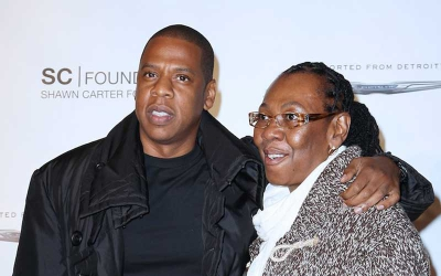Jay Z reveals his mom is a lesbian in new 4.44 album