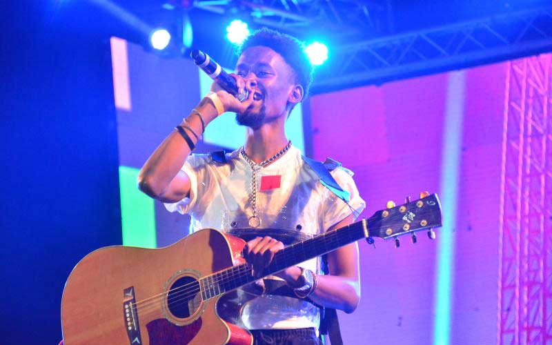 Joel of Leband performing at the Katika Festival