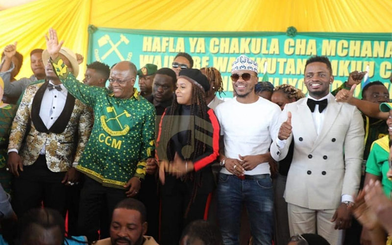 Magufuli pleased to see rivals Diamond, Ali Kiba sitting together