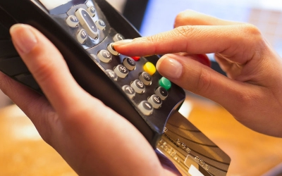 New scam in restaurants -Why pay cash for take-away meals yet use credit cards for eat-in meals?