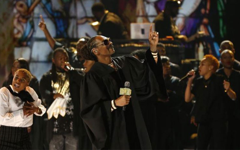 Snoop Dogg performs Photo: Reuters