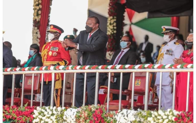 PHOTOS: Uhuru lights up Madaraka day celebrations with dance moves