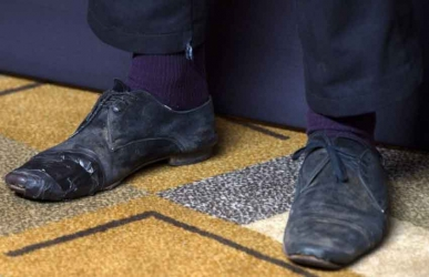 Smells like a dead cat! Man arrested by police after smelly socks cause uproar in a bus