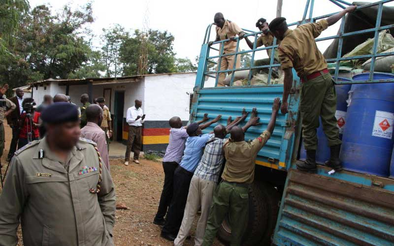 Drama as police disarm DCI detectives over contraband ethanol