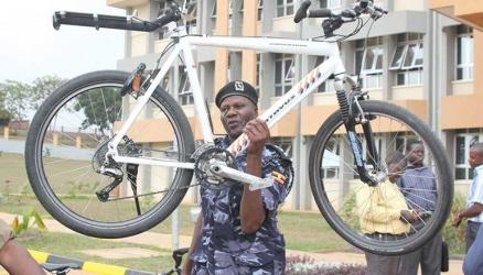 Ugandan traffic Police officers 'hawapendi ujinga'