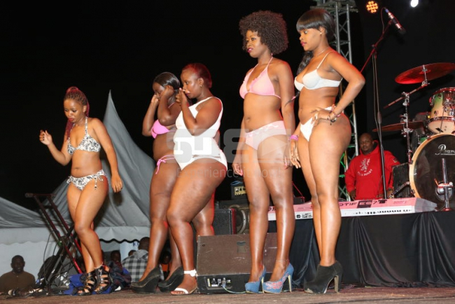 Contestants during the bikini wear session
