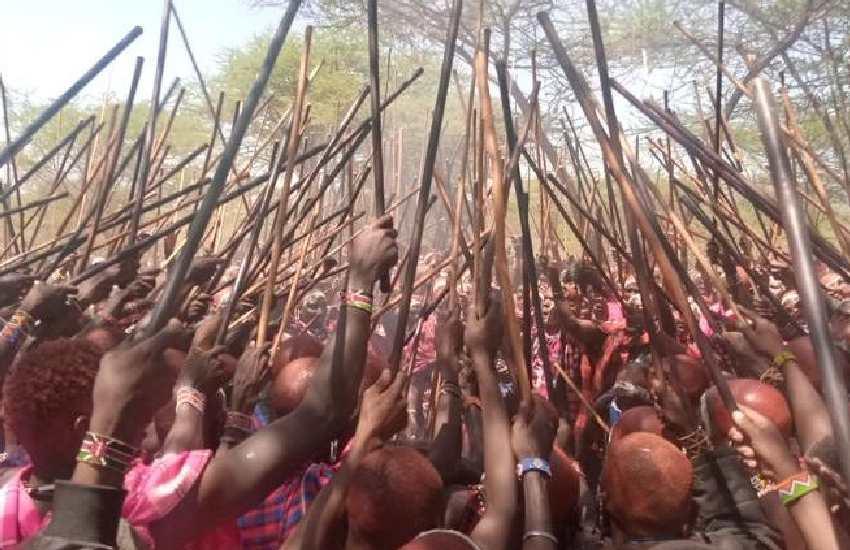 129 families move manyattas in honour of new morans