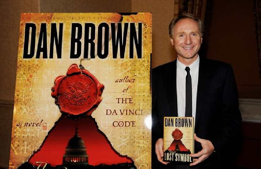 Da Vinci Code author Dan Brown sued by ex for 'leading double life'