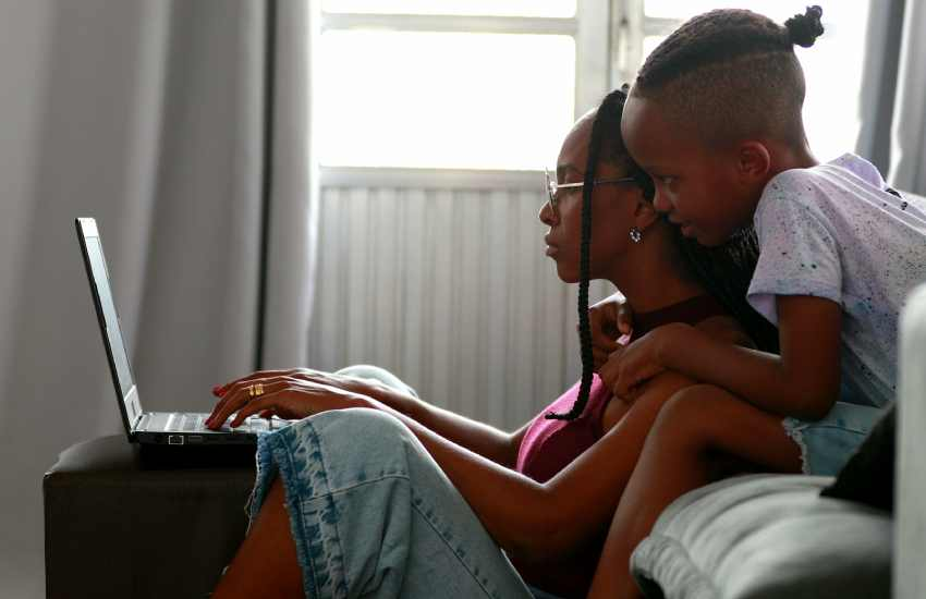 Mama boys: The ups and downs of single mothers and their sons