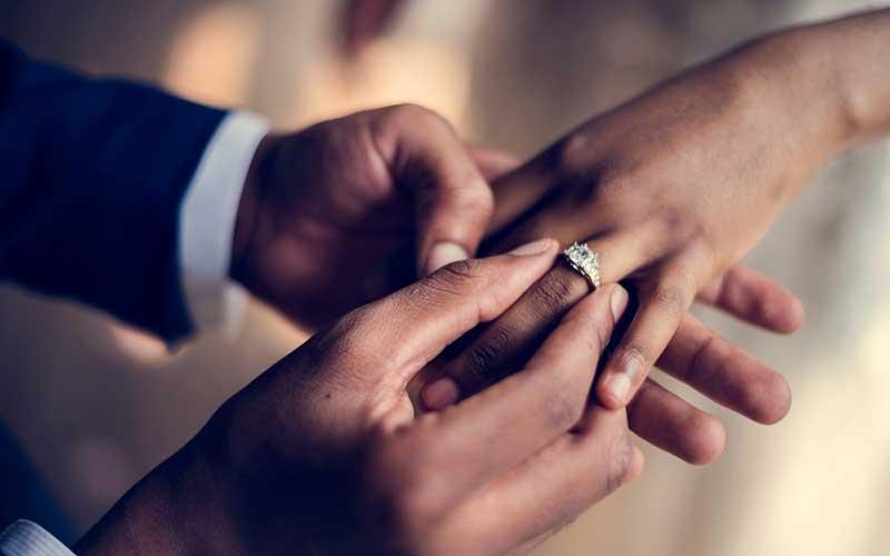 Una mujer de prisión mintió sobre el cáncer para cobrar 1,2 millones de chelines por su boda