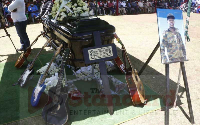 Mighty Salim buried, artists accuse government of neglect